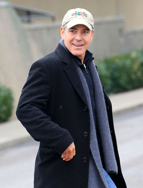 Джордж Клуни участвовал в скандальных вечеринках Сильвио Берлускони?