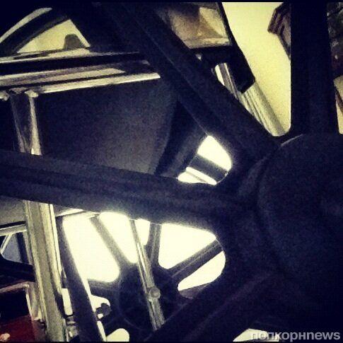Lady Gaga представила поклонникам свое инвалидное кресло