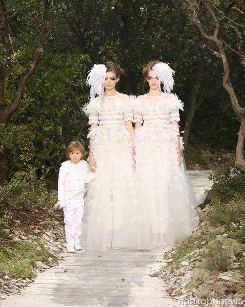 Модный показ Chanel Haute Couture. Весна / лето 2013