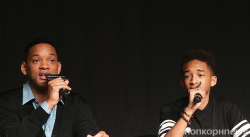 """Уилл и Джейден Смит на пресс-конференции фильма """"После нашей эры"""" в Сеуле"""