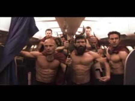 300 спартанцев в самолете- popcornnews