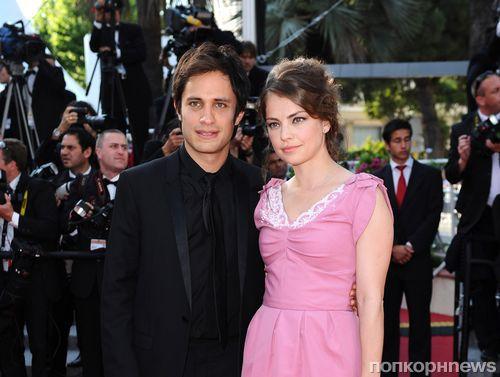 Гаэль Гарсия Берналь отрицает, что был женат на Долорес Фонци