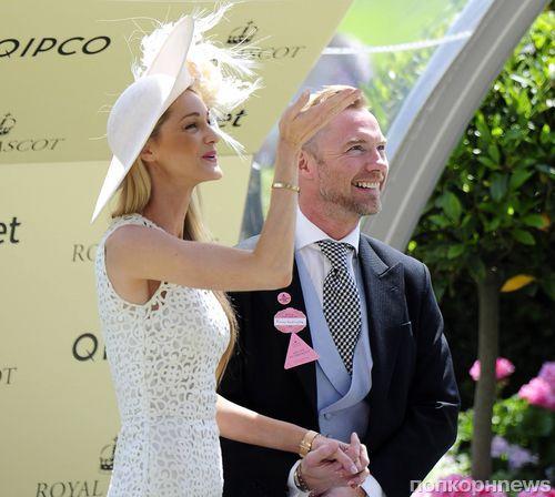 Музыкант Ронан Китинг женился на своей девушке