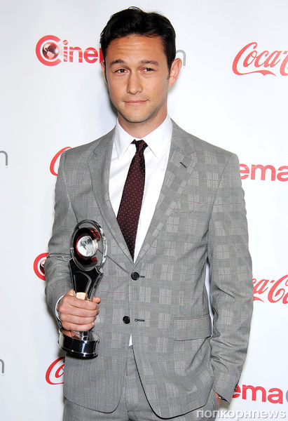 ����� �� Cinemacon Awards 2013