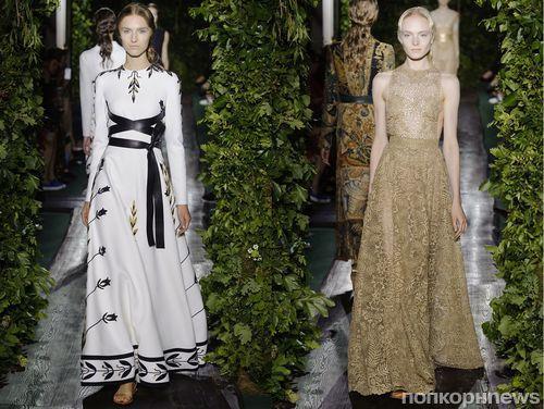 Показ на неделе моды в Париже коллекции Осень 14 / Зима 15 Valentino