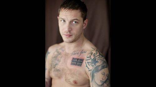 Том Харди сделал еще ону татуировку