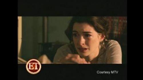 Промо-видео от Энн Хэтэуэй для MTV Movie Awards
