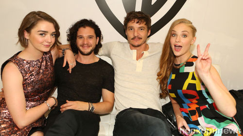 Софи Тернер рассказала о дружбе со звездами «Игры престолов»