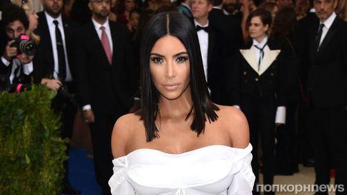 Новая линия косметики принесла Ким Кардашьян 14 млн долларов за 1 час