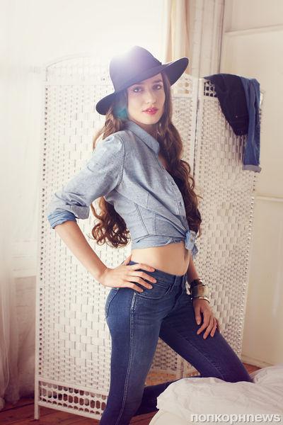 Дочь Мика Джаггера в рекламной кампании увлажняющих джинсов Wrangler