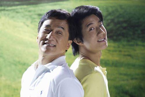 Джеки Чан отдаст все деньги на благотворительность и ни цента сыну