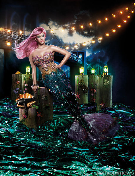 Кэти Перри в рекламной кампании фена ghd