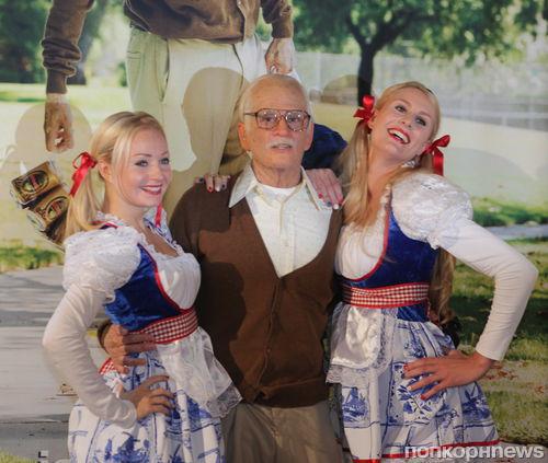 """Неузнаваемый Джонни Ноксвил на фотоколле фильма """"Несносный дед"""" в Амстердаме"""
