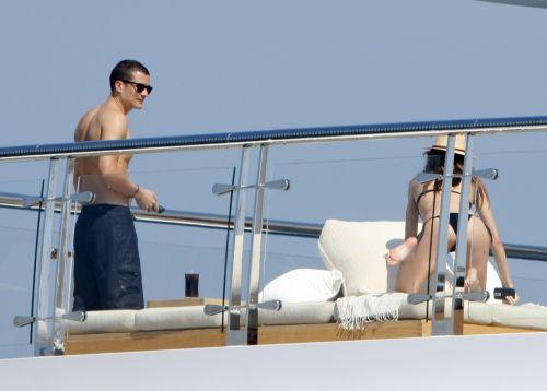 Миранда Керр и Орландо Блум отдыхают на яхте