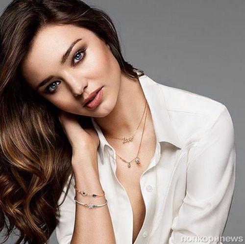 Миранда Керр снялась в рождественской рекламной кампании Swarovski