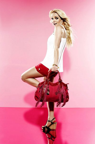 Видео: о съемках Бритни Спирс в рекламе Candie's