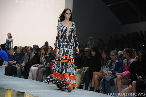 Модный показ новой коллекции Roberto Cavalli. Весна / лето 2015