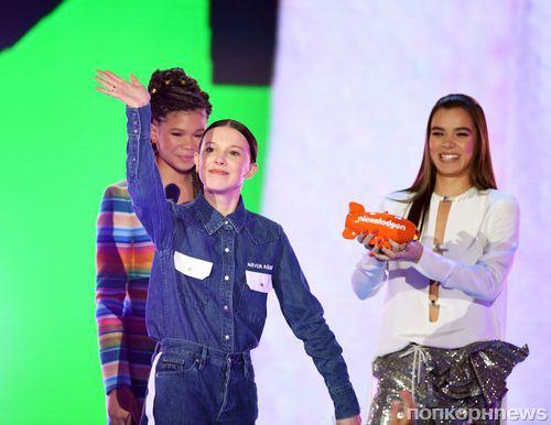 Фото: Мэрайя Кэри, Грант Гастин и звезды «Очень странных дел» на красной дорожке Kids Choice Awards 2018