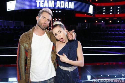 Адам Левин и Майли Сайрус конфликтуют на съемках шоу «Голос»