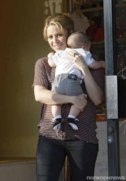 Шакира: «Я буду кормить сына грудью, пока он не пойдет в колледж»