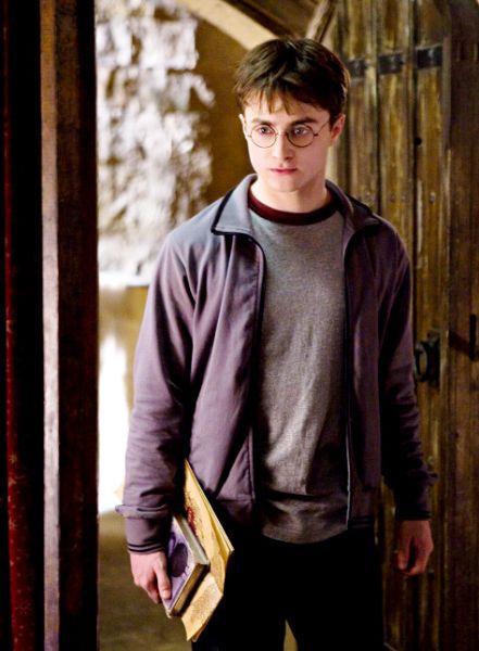 Дэниел Рэдклифф не будет раздеваться в «Гарри Поттер и Дары Смерти