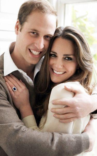 Официальные фотографии по случаю помолвки принца Уильяма и Кейт Миддлтон
