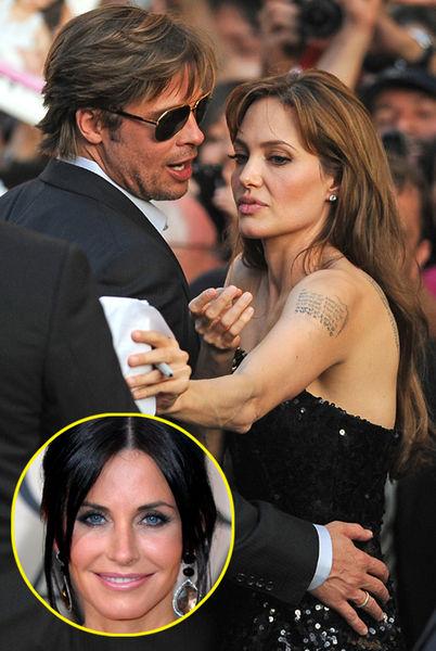 Анджелину Джоли возмутило, что Брэд  Питт позвонил Кортни Кокс после ее расставания с мужем