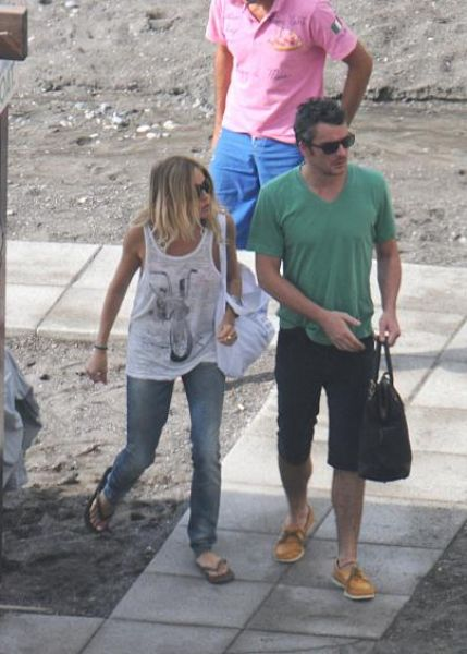 Сиена Миллер и Бальтазар Гетти в Италии