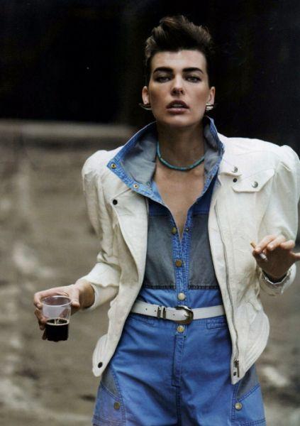 Милла Йовович в журнале Vogue Paris. Декабрь 2008
