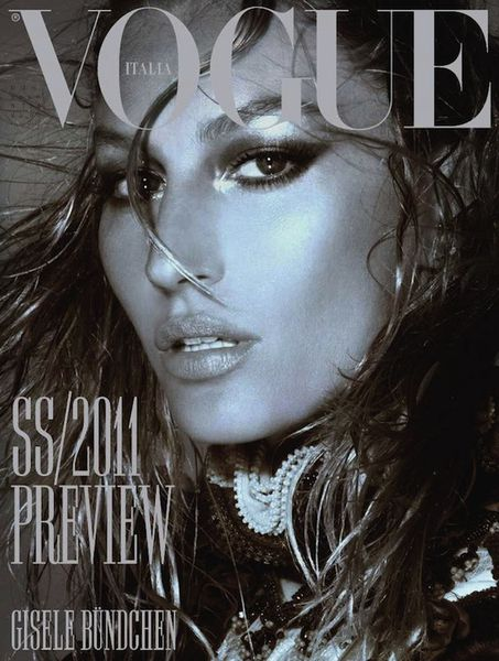 Такая разная Жизель Бундхен в журнале Vogue. Италия. Декабрь 2010