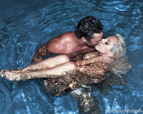 Любовная идиллия Lady GaGa и Тэйлора Кинни