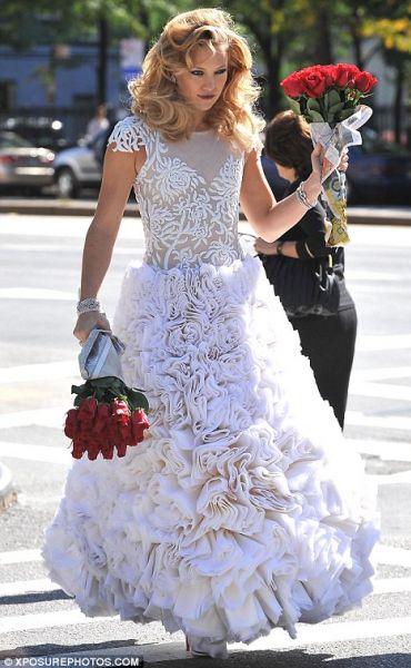 Кейт Хадсон примерила свадебное платье
