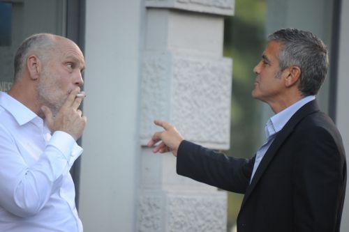 Джордж Клуни и Джон Малкович на съемках рекламы Nespresso