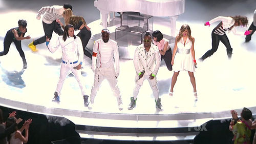 Выступление Black Eyed Peas на шоу American Idol