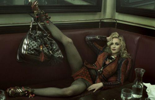Мадонна в рекламе весенней коллекции Louis Vuitton