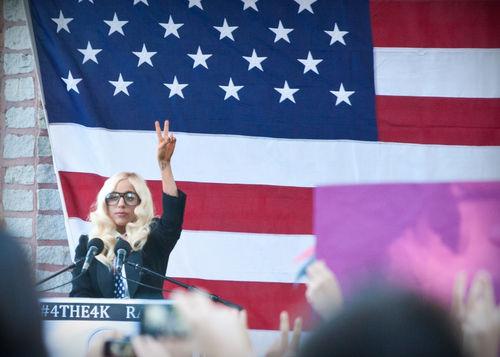 Lady GaGa ��������� � ������ ����������������