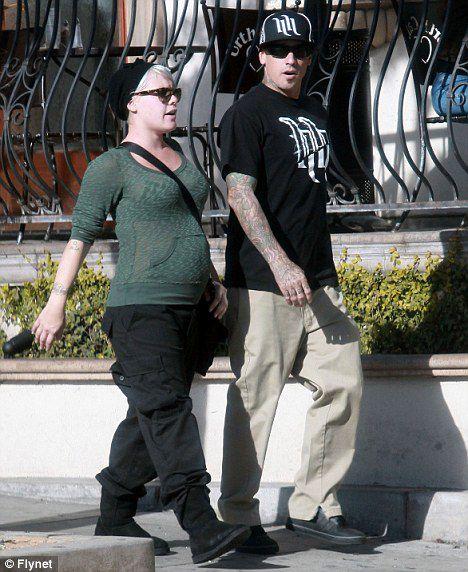 Пинк с мужем в Лос-Анджелесе