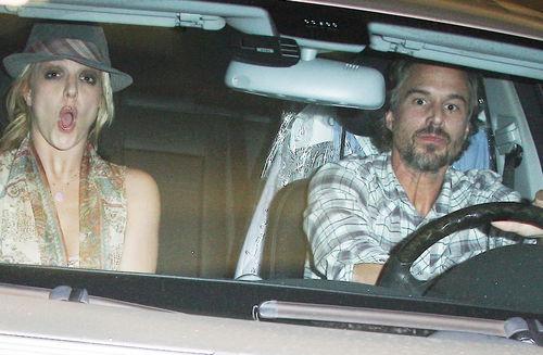 Бритни Спирс скандалы не страшны
