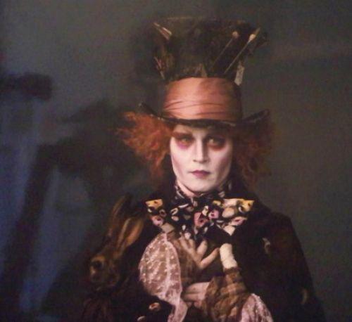 """Джонни Депп: кадр из """"Алисы в стране чудес"""""""