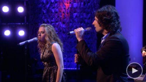 Видео: Пит Йорн и Скарлетт Йоханссон поют на шоу Эллен ДеДженерес