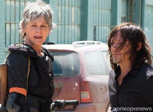 Дэрил и Кэрол воссоединились на первом фото из 8 сезона