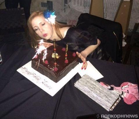 Джессика Честейн отметила день рождения в Торонто