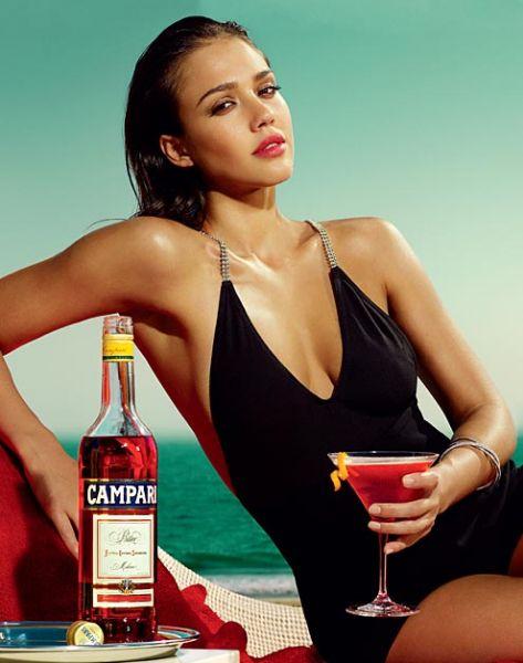 Джессика Альба для календаря Campari