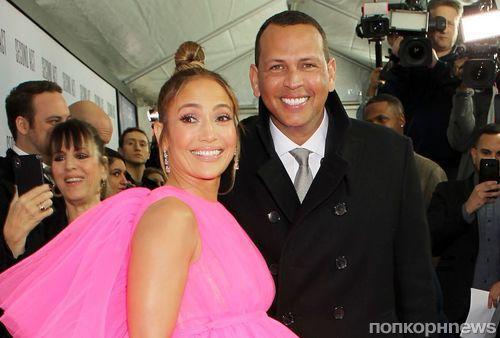 Идеальная пара: Алекс Родригес поддержал Дженнифер Лопес на премьере ее фильма «Начни сначала»