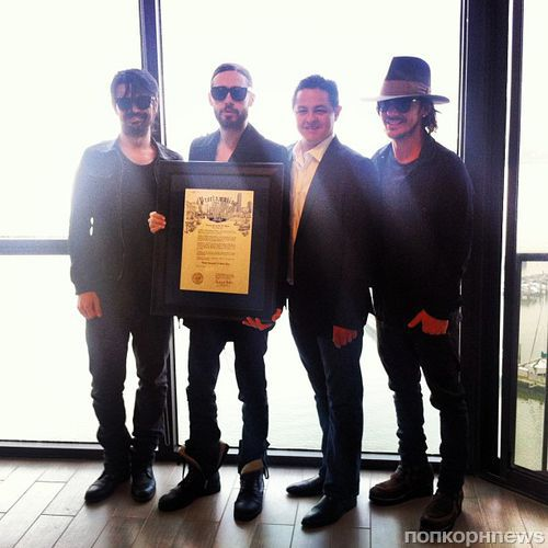 18 ����� �������� ���� Thirty Seconds to Mars � ��������