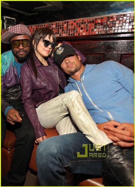 Ферги и Джош Дюамель в ночном клубе Enclave
