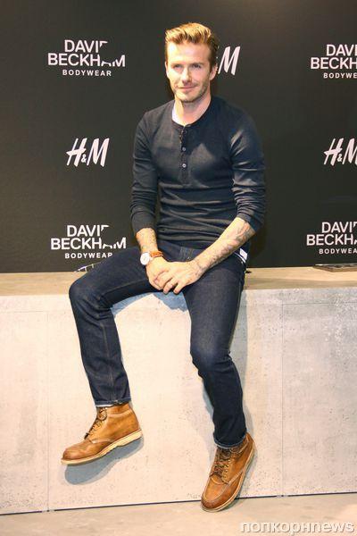 Дэвид Бекхэм на автограф-сессии в Берлине