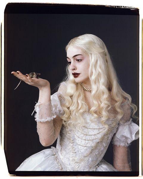 Промофото к фильму Тима Бертона «Алиса в стране чудес»