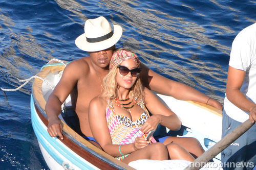 Бейонсе и Jay Z  отдыхают на Сицилии