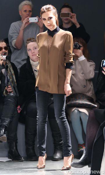 Модный показ Victoria by Victoria Beckham в Нью-Йорке